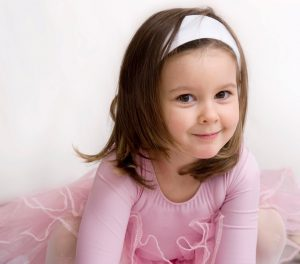 girl dancer ballet student age 3-4
